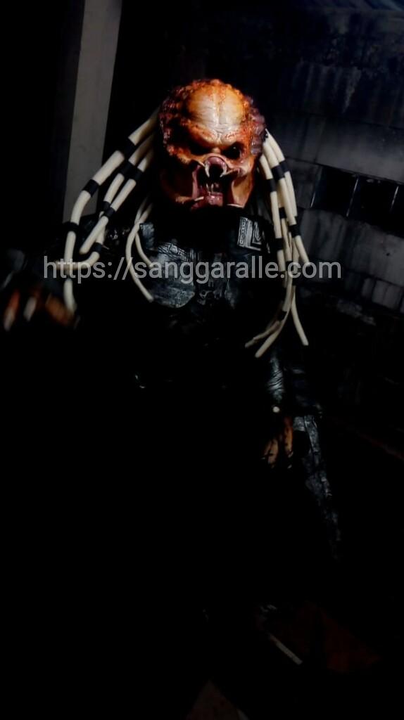 sewa kostum predator_sanggaralle